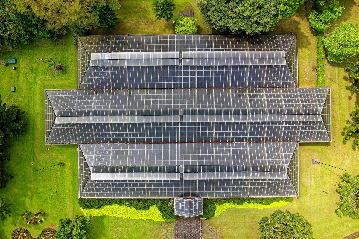 Kuo skiriasi saulės kolektoriai nuo saulės modulių?
