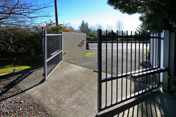 Ką reikia žinoti įsirenginėjant automatinius vartus kieme?
